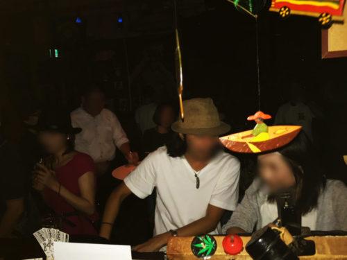 新宿 レゲエ・ダブ OPEN  フロアに居る人同氏が、フレンドリーに語り合うオープンな雰囲気