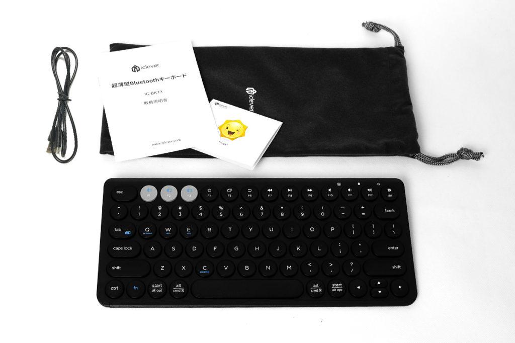iClever Maruko (IC-BK13) パッケージ内容:充電用USBケーブル(A⇔Micro-B)/マニュアル/保証カード/ポーチ