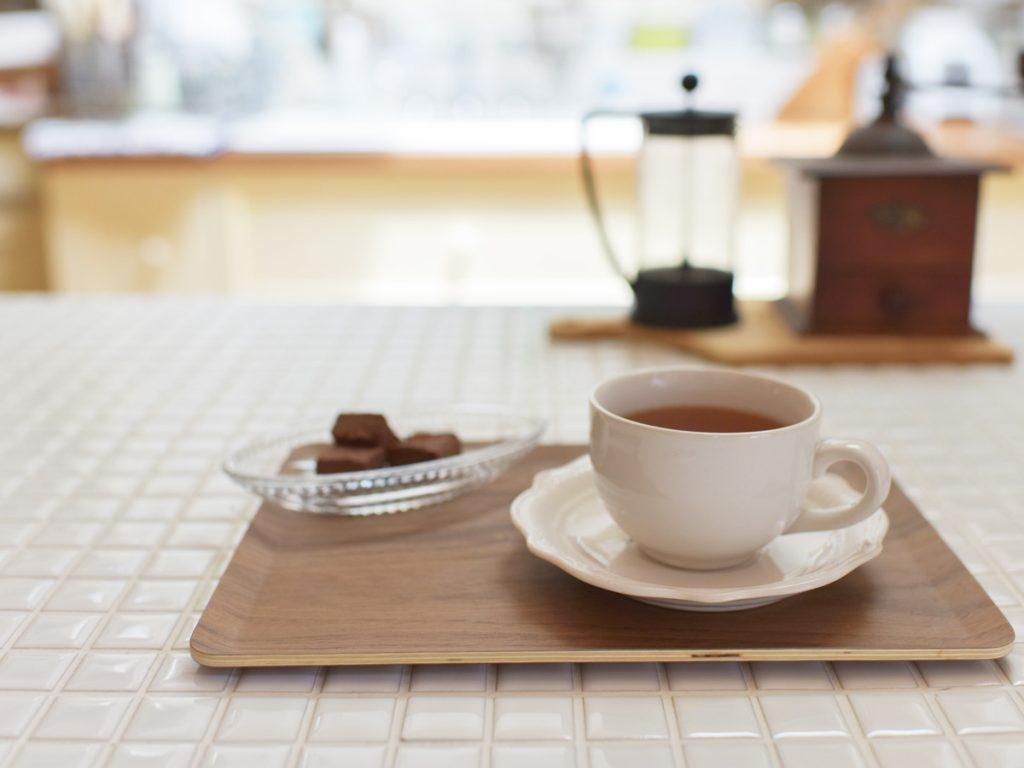 コーヒーと一緒にショコラを一緒に添えて、なんともいえないリラックスタイム(笑)
