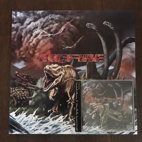 ビッグファイア Deathcotheque the Album レコード版とCD版の写真