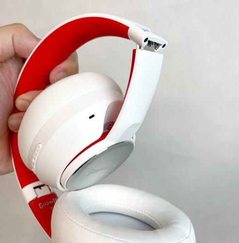 耳当て部分を内側に折りたたむことができるが、片耳モニターとして使うには向かないだろう『SUPEREQ S1』